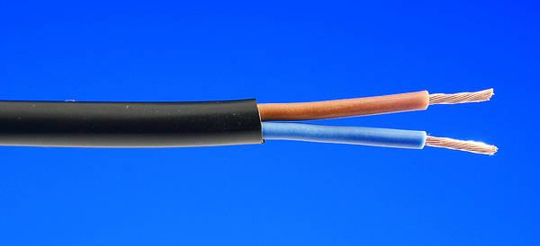 Flexible Cable Manufacturer : Black flexible cables flex