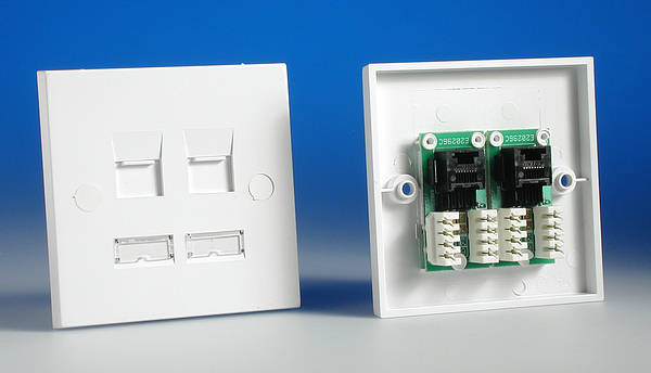wiring cat5 wall plate with Cm2181 on Product also How To Install An Ether  Jack For A Home  work likewise Cat5e To Rj11 Plug Wiring Diagram additionally Panduit Cat5e Jack Wiring Diagram also 2 Line Phone Wiring Diagram.