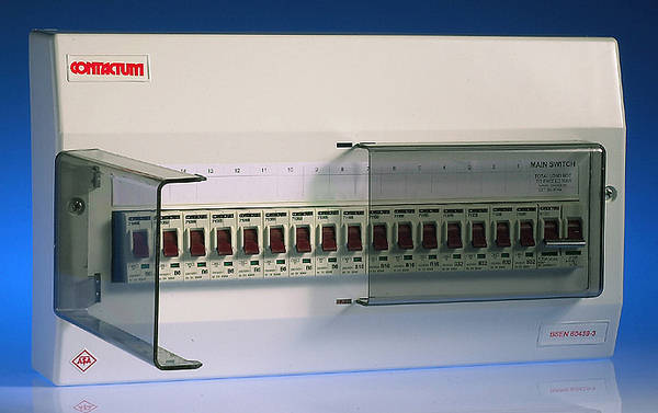 16 Way Insulated Consumer Unit 100 Amp Switch