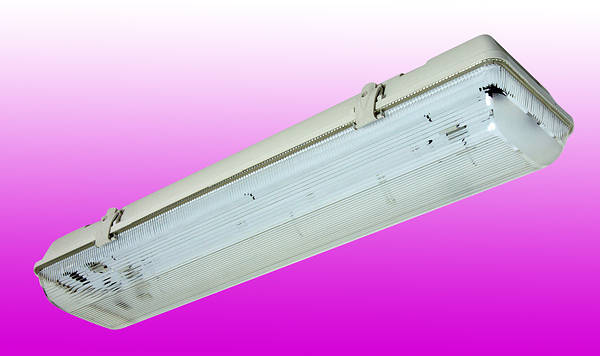 6ft Twin 70w Non Corrosive Weatherproof Fluorescent Light