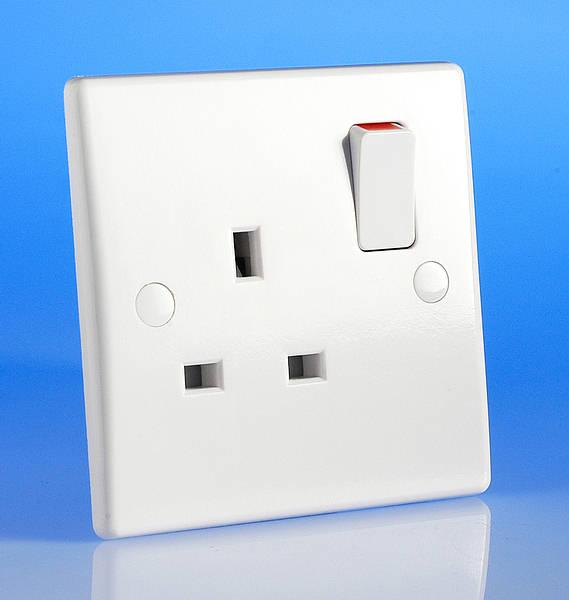 13 Amp 1 Gang Single Switched Socket - White