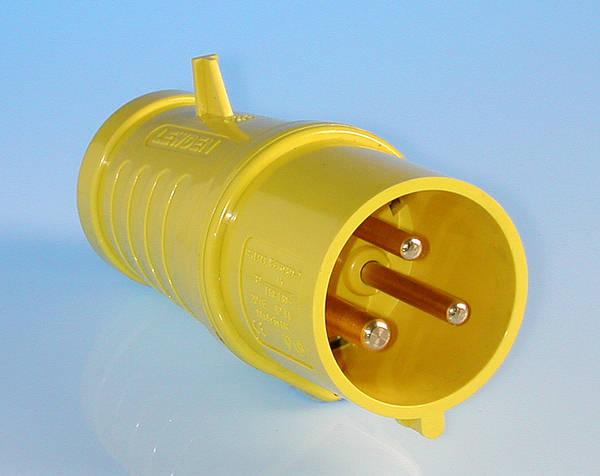 110v 32 amp 3 pin plug - Prise 32 ampere ...