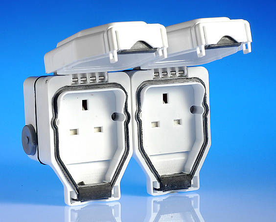 13 Amp Weatherproof 2 Gang Socket - White