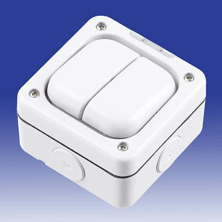 masterseal plus 2 gang 1 way sp weatherproof light switch ip66 white