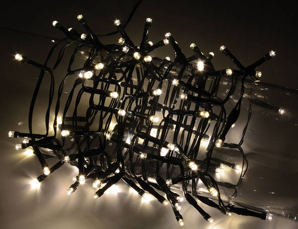 200 Led Cool White Indoor Lights With Timer Green Cable