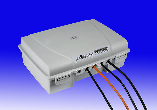 Outdoor Ip55 Power Enclosure With 4 Gang 13a Socket Strip