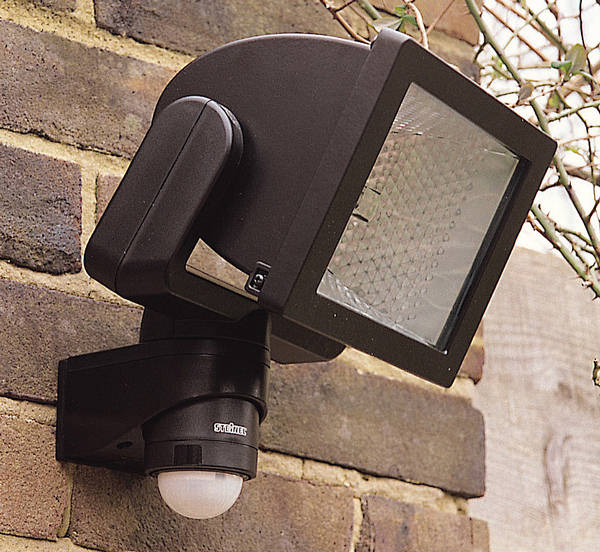 Halogen Floodlights With Security Pir Passive Infra Red Sensors PIRs