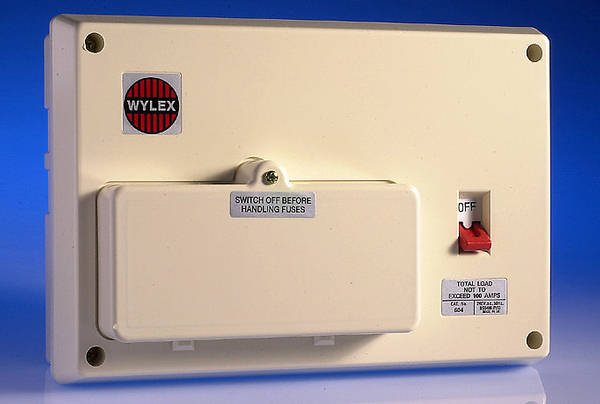 6 Way Insulated Consumer Unit 100 Amp Switch
