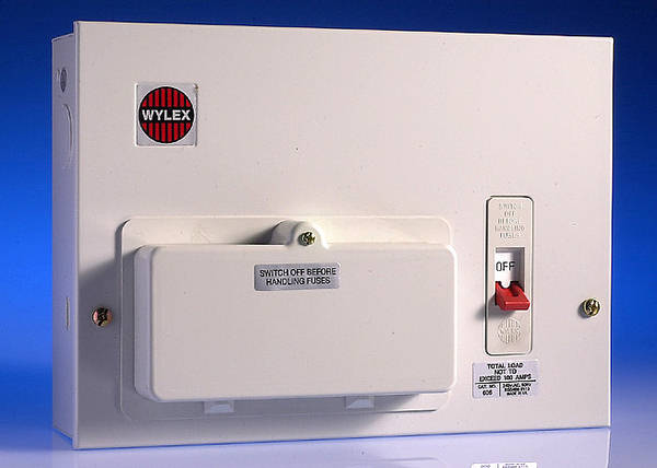 6 way metal consumer unit 60 amp switch