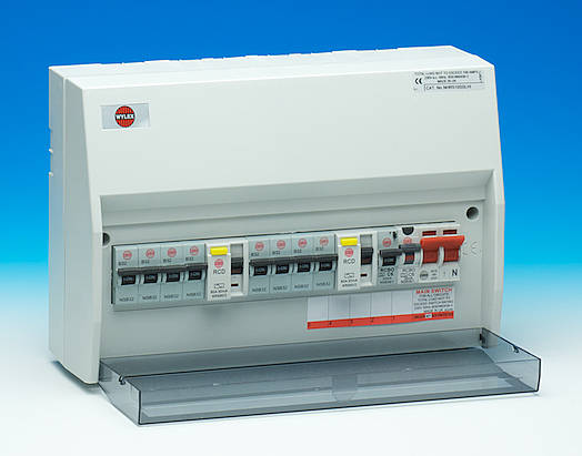 Fuse Box Rcd Switch : Way hi integrity dual rcd a main switch consumer unit