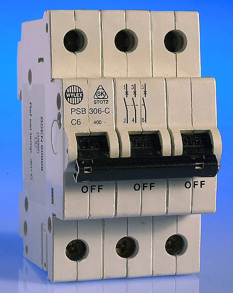 wylex tp n distribution boards and mcb s tp type b c wylex sp tp phase mcb s type c old type