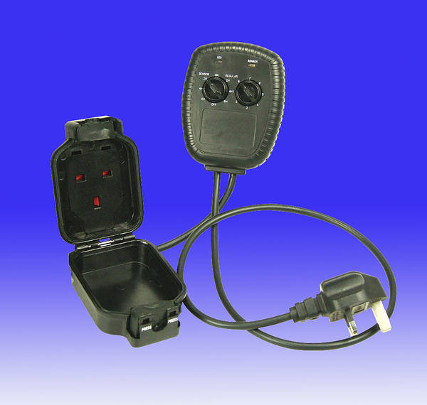 Christmas Tree Light Controller Ip44 With Light Dark